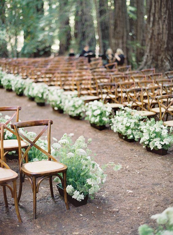 J'aurais bien aimé un cadre pareil pour la cérémonie laïque... Mais il faut la place, et le budget fleurs !